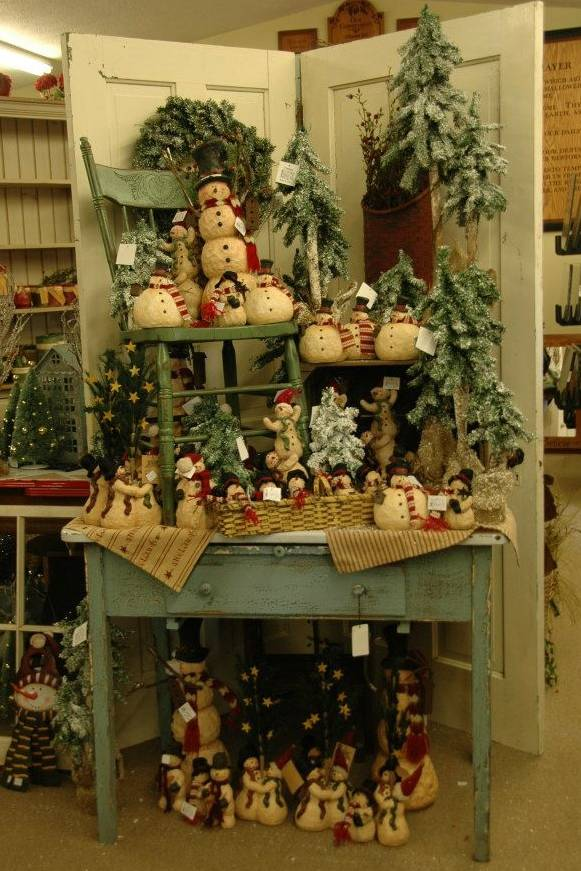 swiss country lawn crafts in sugarcreek ohio has tons of christmas