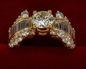 Kurt Wayne - 18k gold diamond ring